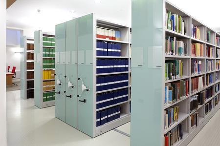 Regały przesuwne do bibliotek Foreg 2000