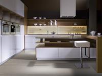 Jakie wybrać meble kuchenne do aranżacji dużej kuchni